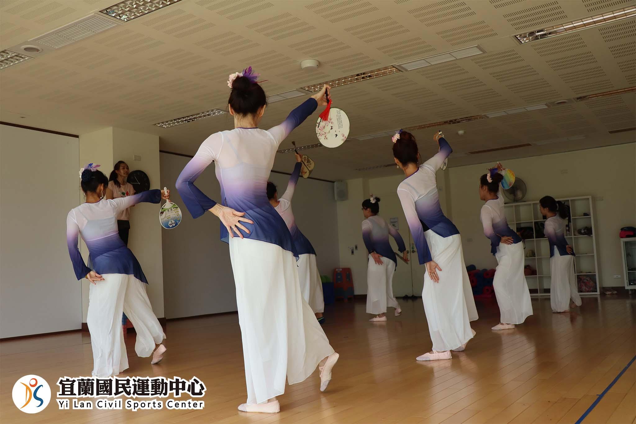 新古典舞成果發表(jpg)